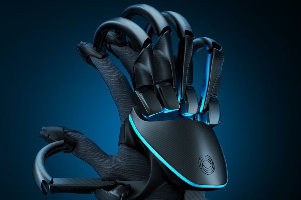 Teslasuit VR Glove collects biometric data