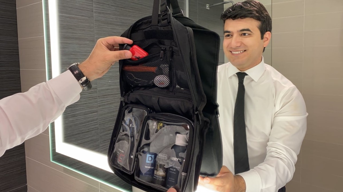 Vacationist Compact Functional Toiletry Bag helps you travel smarter