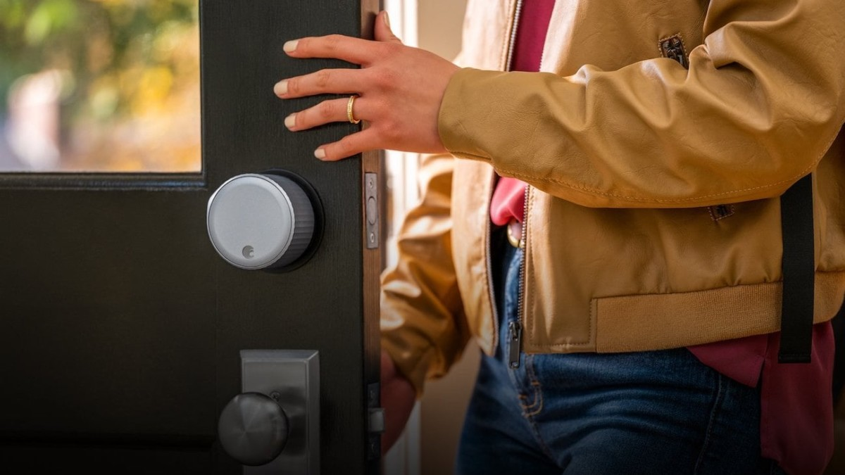 August Wi-Fi Smart Deadbolt Lock doesn't need to use a Bluetooth bridge