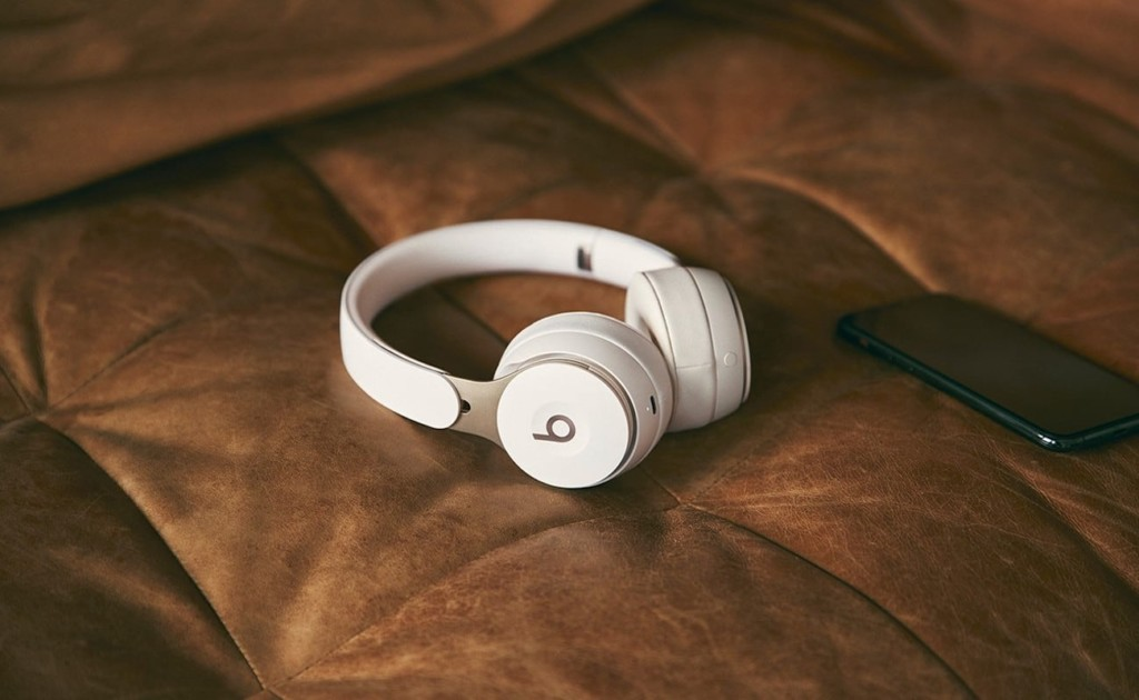 Beats by Dre Solo Pro Noise-Canceling Over-Ear Headphones