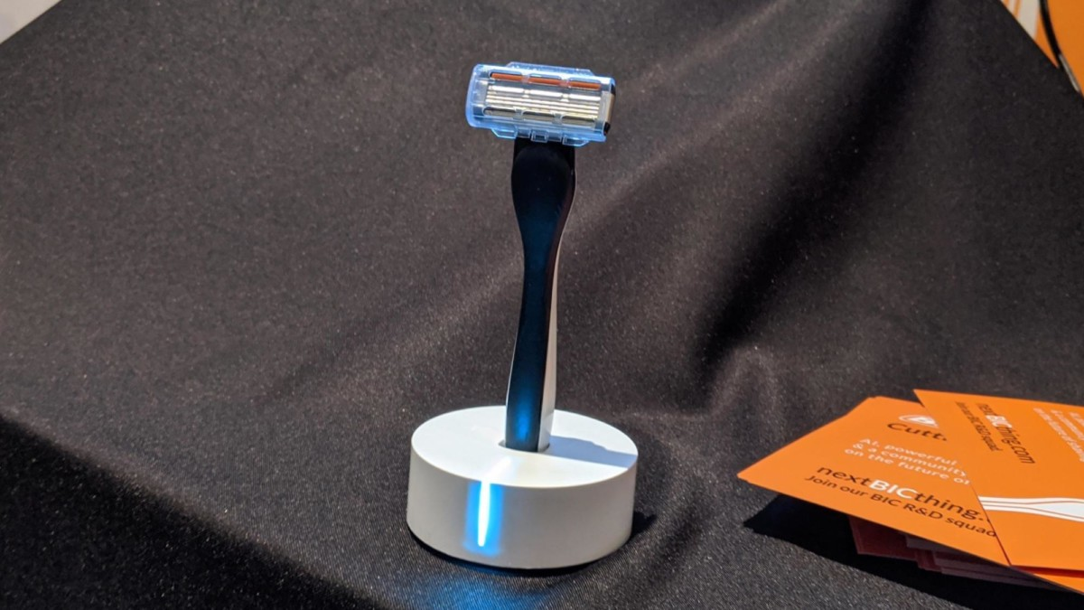 BIC Smart Shaver AI-Enabled Razor provides you with all the information you need about shaving