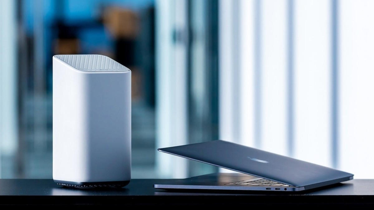 Comcast xFi Advanced Gateway Wi-Fi 6 Router adds a layer of protection to your home internet