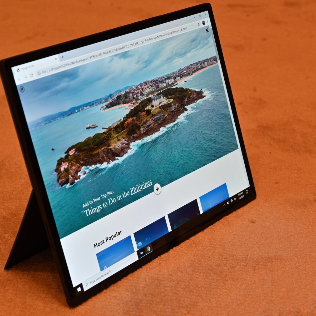 Intel Horseshoe Bend Foldable PC imagines the future of computers