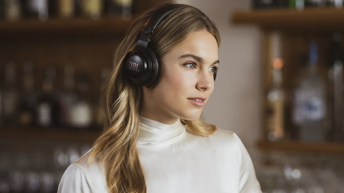 JBL CLUB Pro Headphone Series brings studio quality to the mainstream
