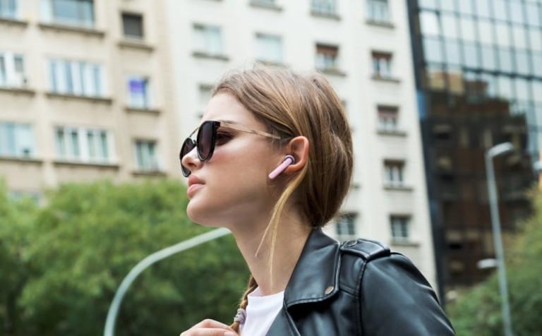 JBL TUNE 220TWS Wireless Earbuds