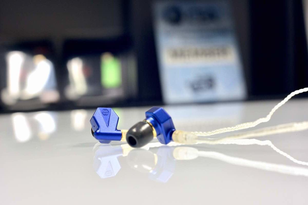 Light Harmonic Stella Wired In-Ear Monitors are super comfortable hybrid earphones