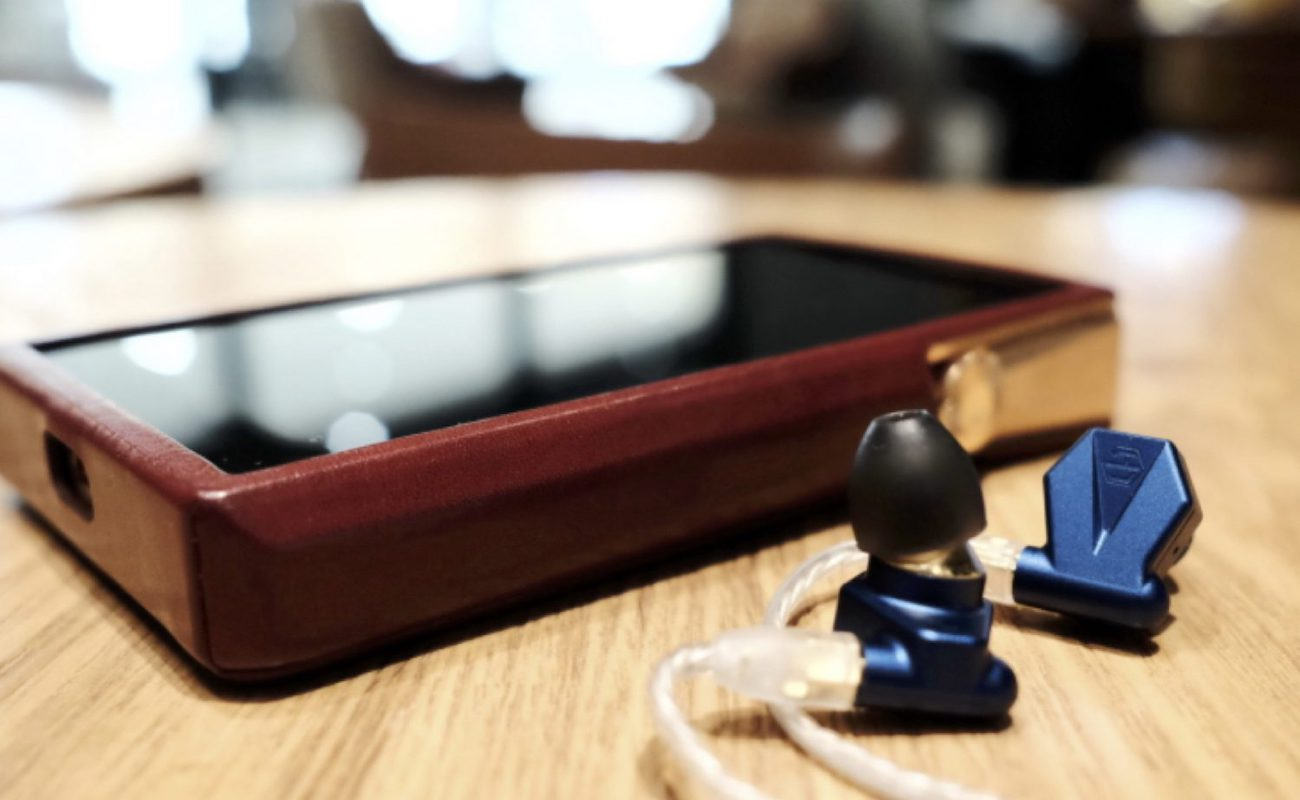 Light Harmonic Stella Wired In-Ear Monitors are super comfortable hybrid earphones