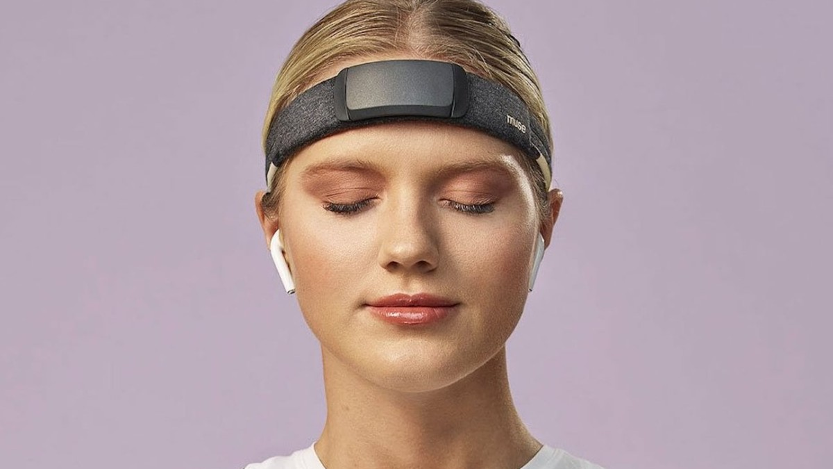 Muse S Brain Sensing Headband helps you meditate better