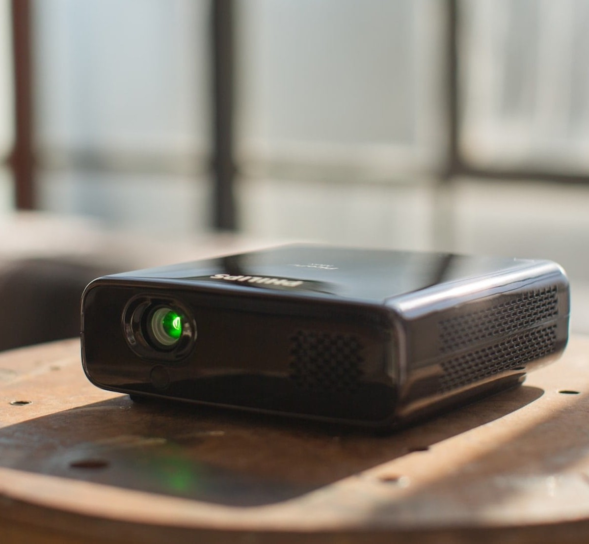 Philips PicoPix Max Full HD Projector provides you with a cinema experience anywhere