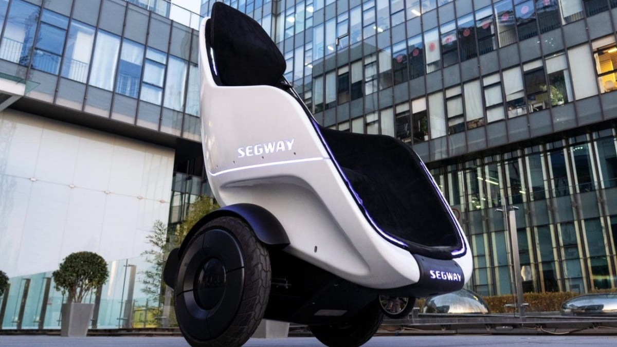 Segway-Ninebot S-Pod Two-Wheeled Vehicle lets you travel without standing up