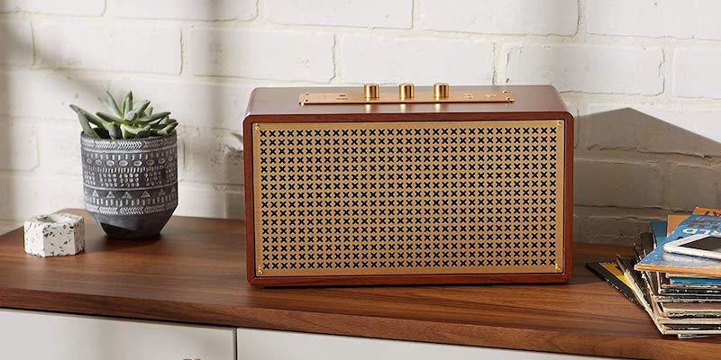 AmazonBasics Vintage Retro-Inspired Bluetooth Speaker