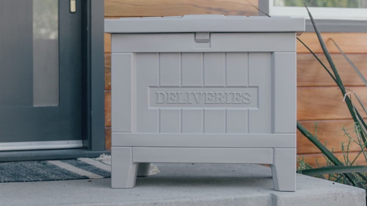 Yale Smart Delivery Box allows you to receive perishable items