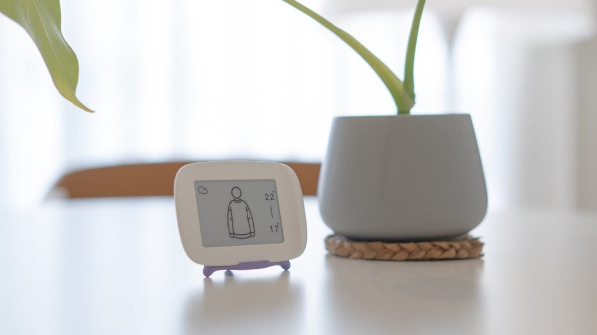 A visual weather device that helps you get dressed in the morning