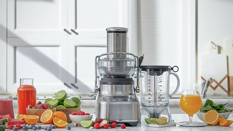 Breville 3X Bluicer Pro Juicer & Blender does both in one handy device