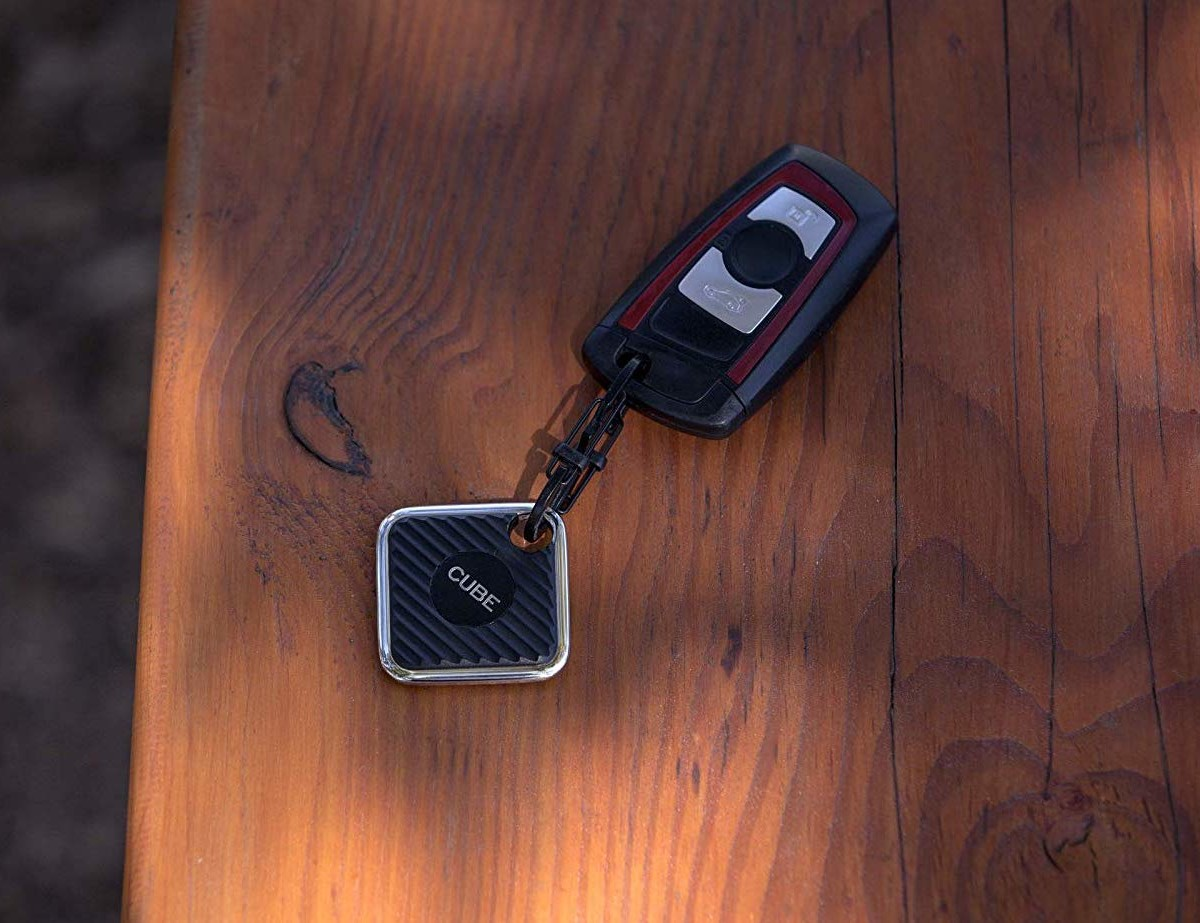 Cube PRO Bluetooth Finder helps you track down any of your important items