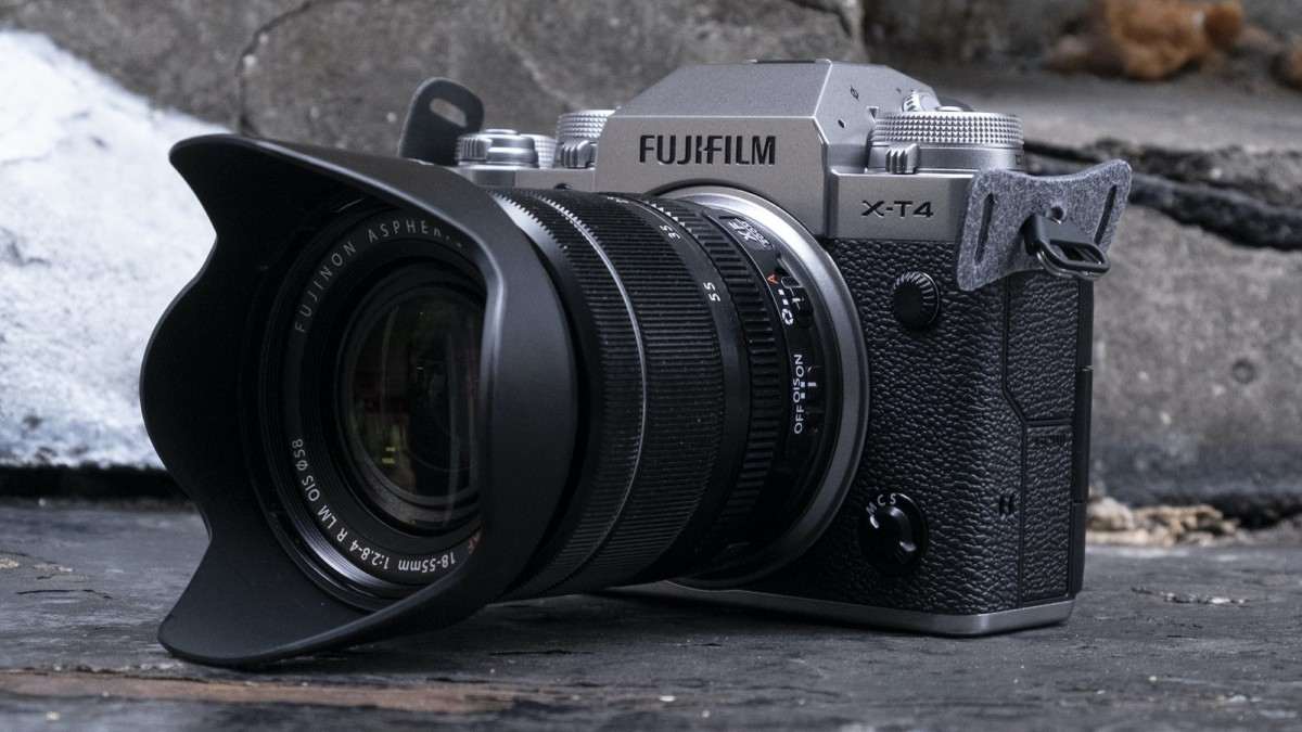 Fujifilm X-T4 Mirrorless Camera works great for both stills and videos