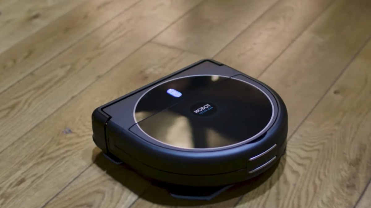 Hobot LEGEE-688 Robot Mop Vacuum uses a smart navigation system to find its way around