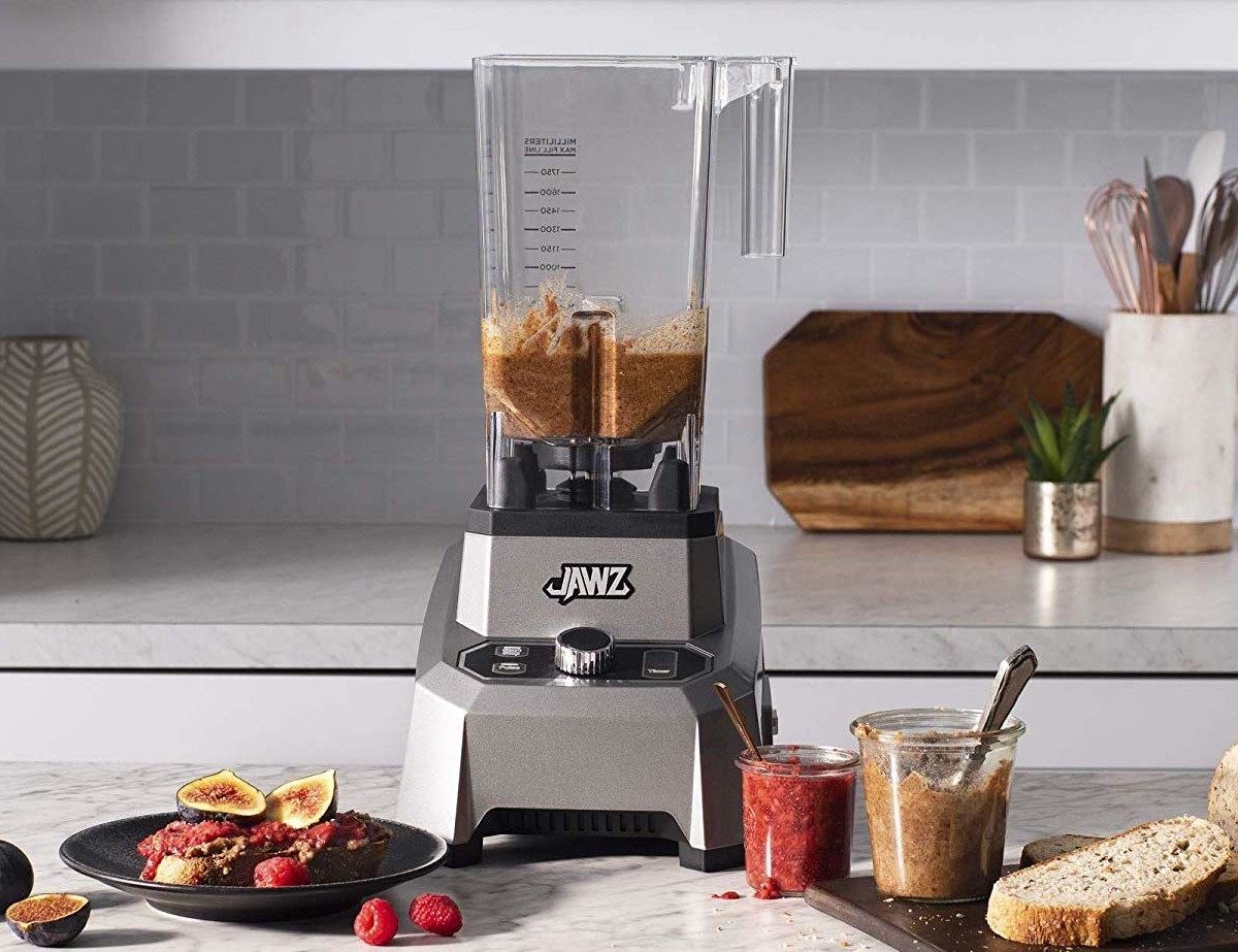 JAWZ Variable Speed High Performance Blender & Food Processor has 10 variable speeds