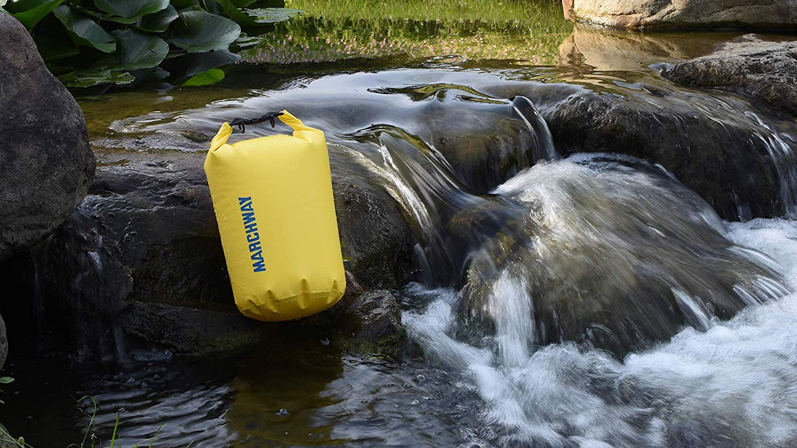 MARCHWAY Floating Waterproof Roll Top Dry Bag keeps all your belongings safe