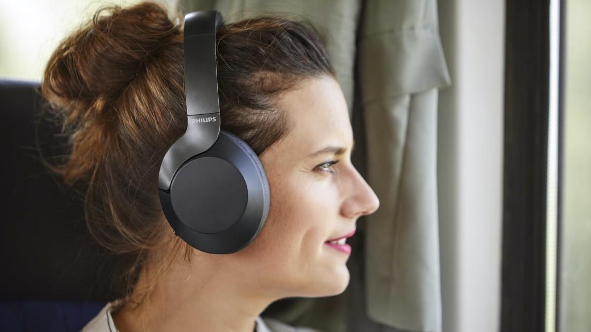 Philips Performance PH805BK Hi-Res Audio Headphones offer active noise canceling