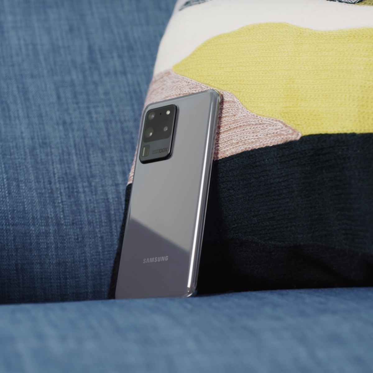 Samsung Galaxy S20 Ultra Super-Magnifying Smartphone takes a massive leap in zoom photography