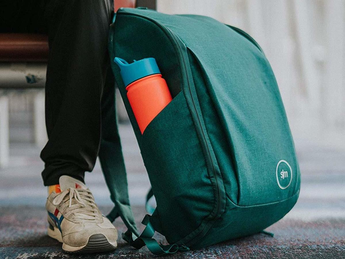 Simple Modern Wanderer Backpack with Laptop Sleeve 25-Liter Bag has dual side pockets