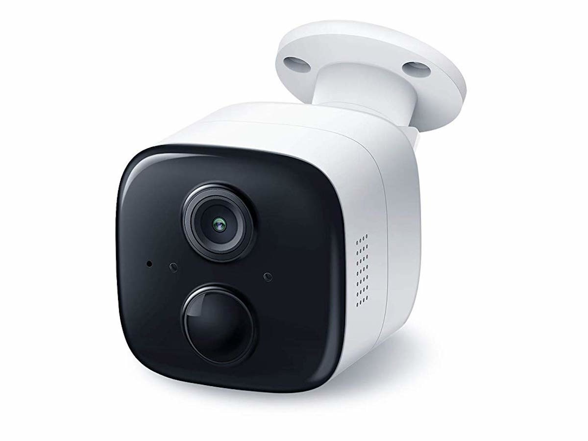 TP-Link Kasa Spot Wire-Free Outdoor Camera System lets you place it anywhere