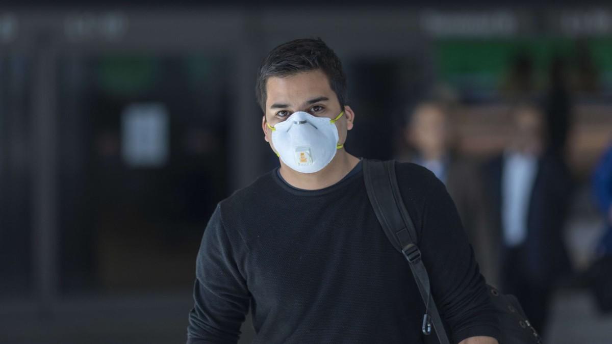 face mask to prevent virus