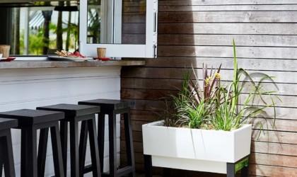 Glowpear Urban Garden Self-Watering Planter Box
