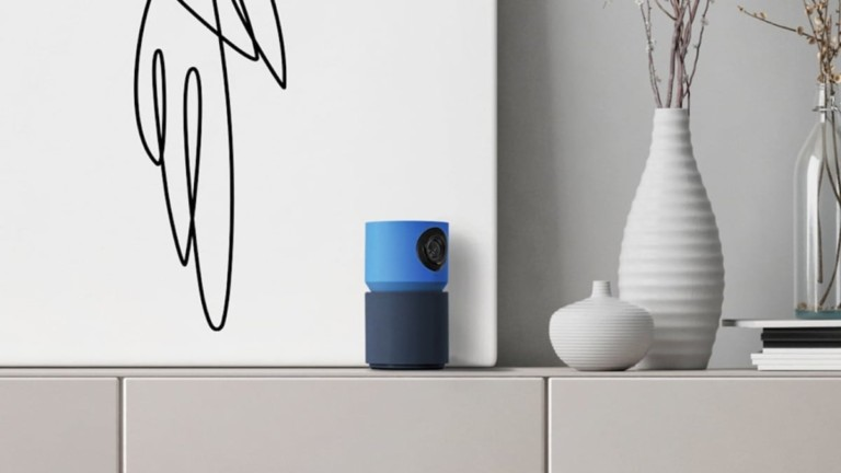 Hoop Cam+ Smart AI Indoor Camera