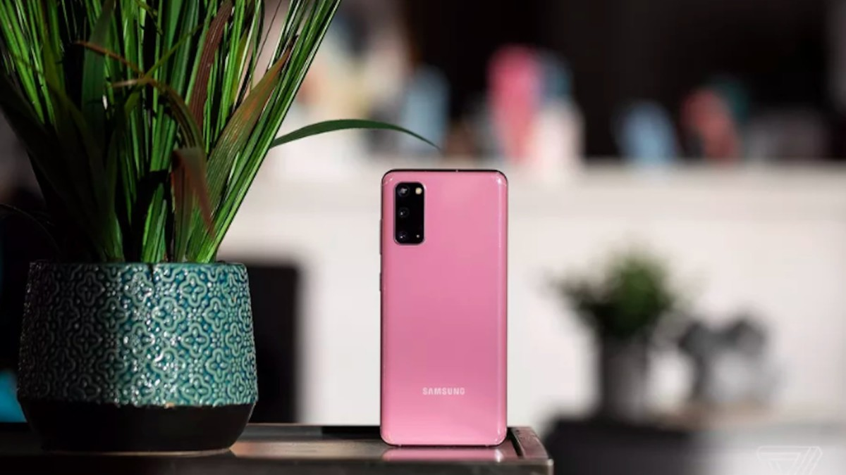 These Samsung Galaxy S20 cases will look great on your new S20 series