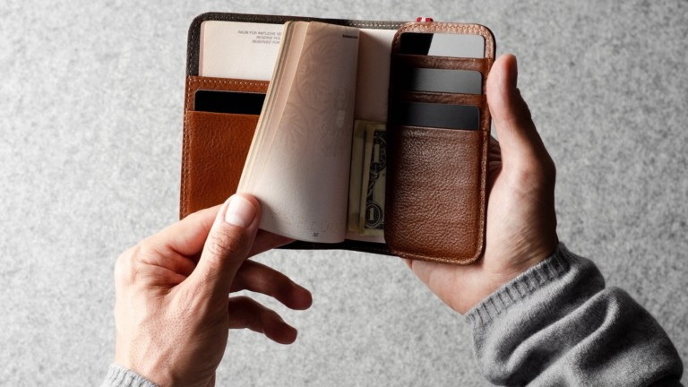 hardgraft Trip Italian Leather Passport Cover will make you want to travel more