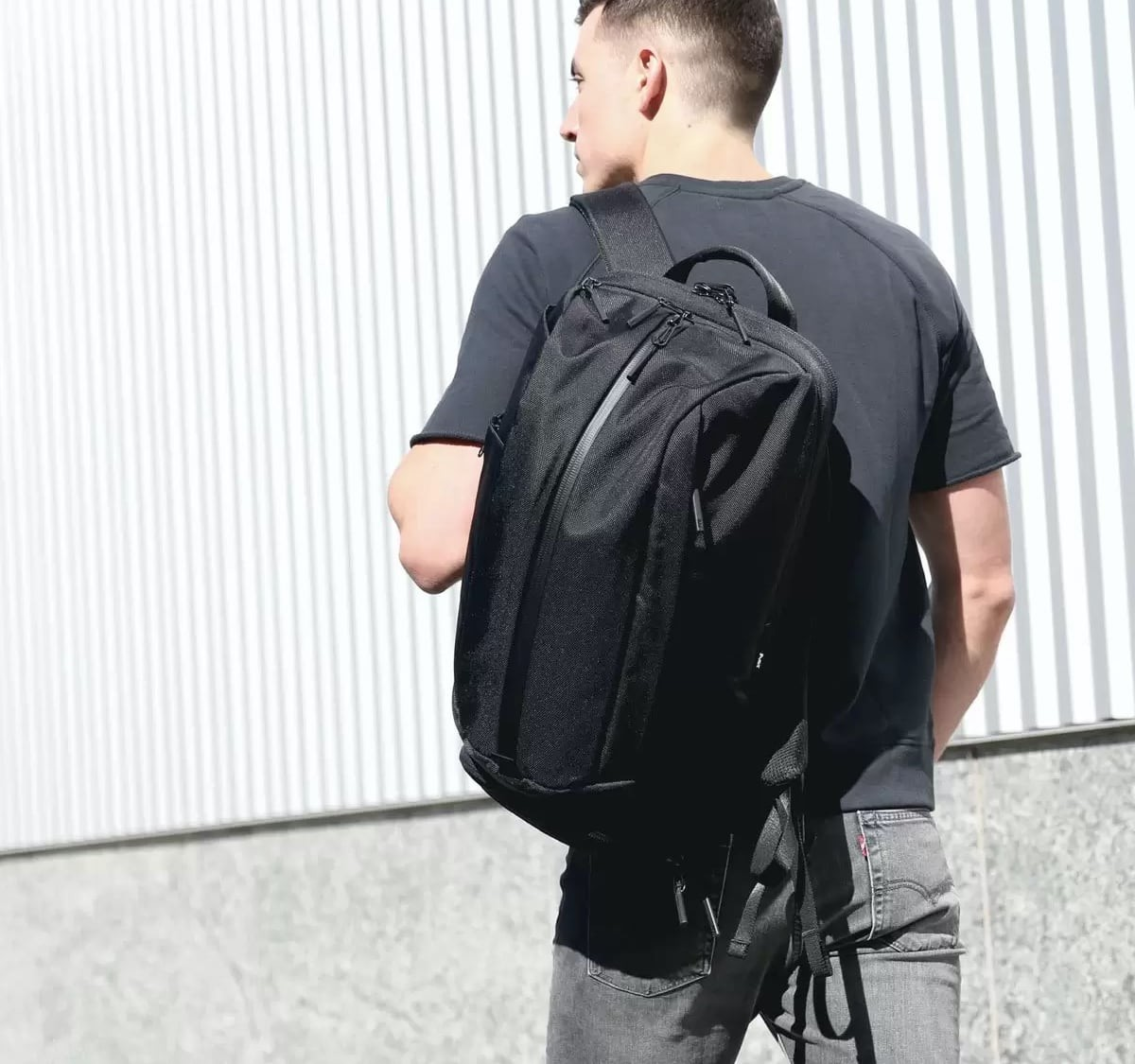 Aer Duffel Pack 2 Gym Backpack has convenient storage compartments