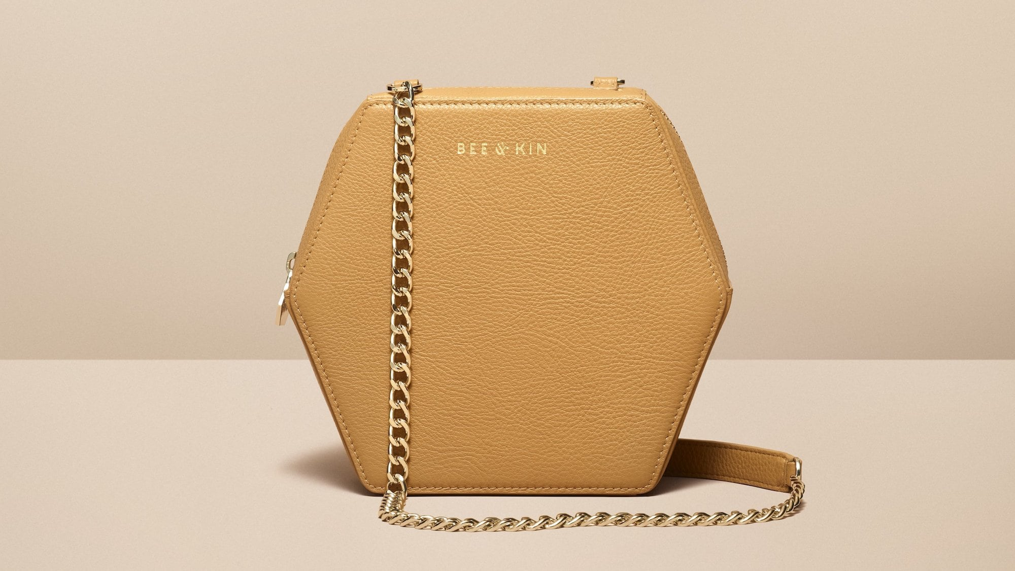 BEE AND KIN DesignTech Smart Bag Collection