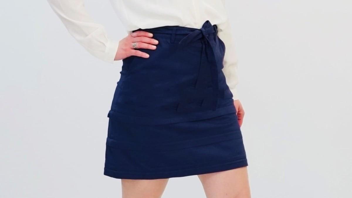 Zirts in navy blue