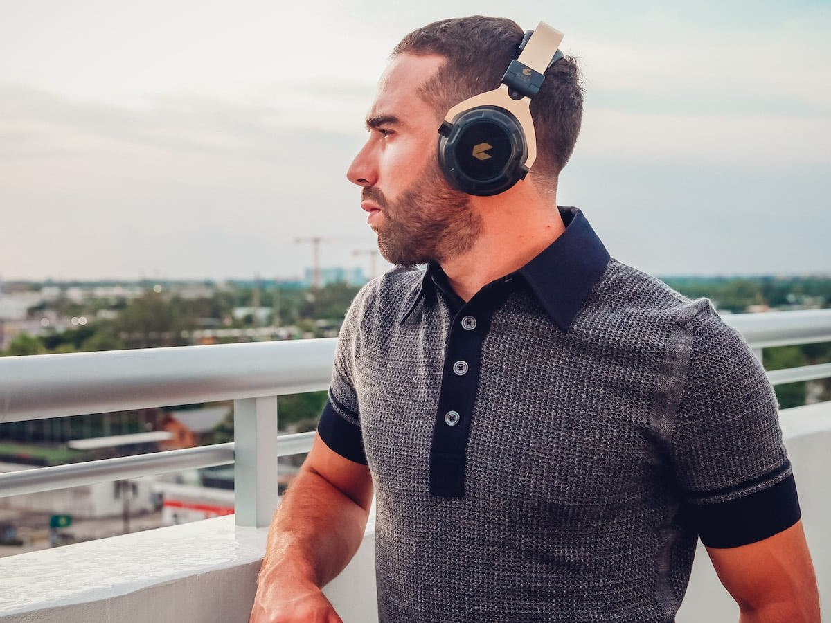 CEEK 360 Wireless 4D Headphones add extreme realism to music, gaming, and VR