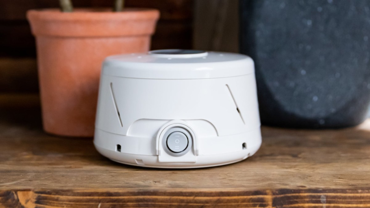Dohm Classic Natural Sound Machine will help you get a better night's sleep