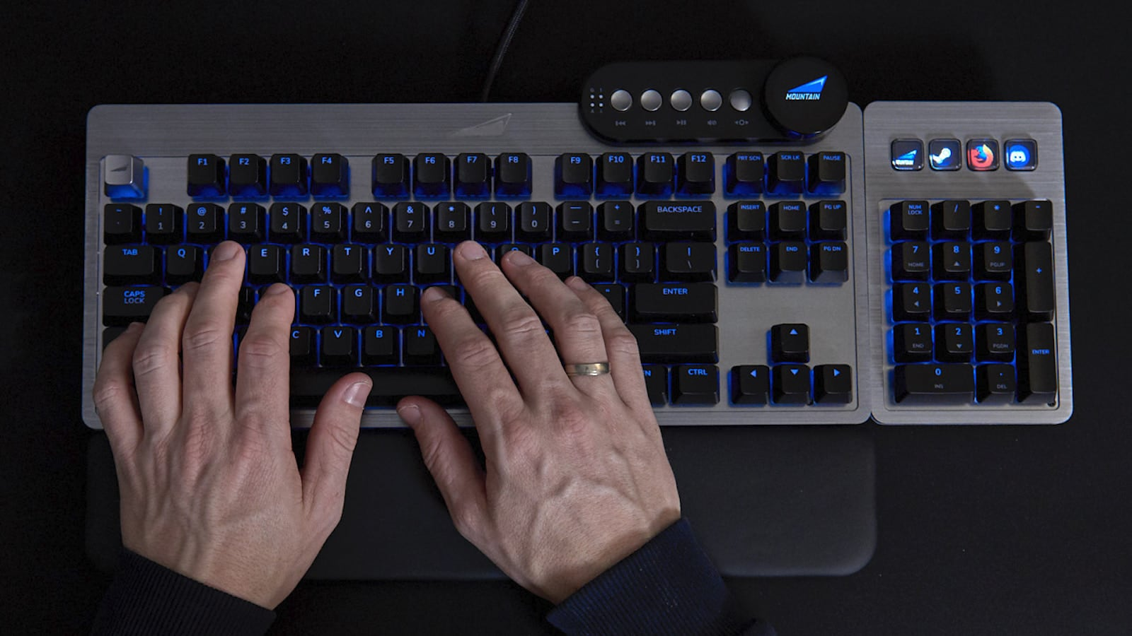 Everest Fully Customizable Gaming Keyboard