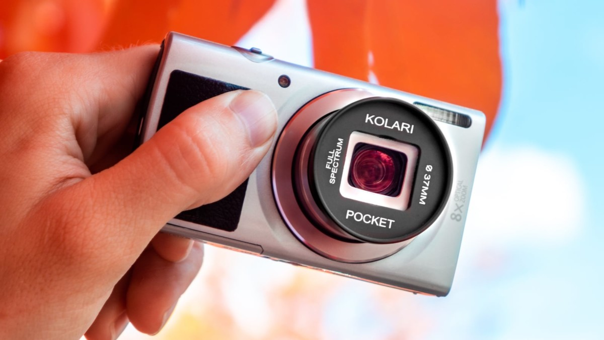 Kolari Pocket All-in-One Full Spectrum Camera lets you shoot handheld infrared photography