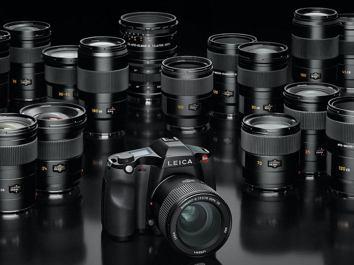 Leica S-System Digital Camera Setup suits the needs of pro photographers