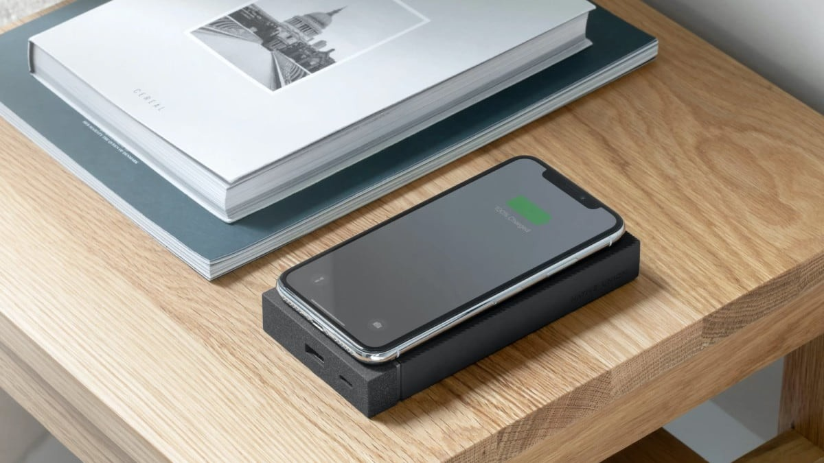 Native-Union-Jump-Wireless-Powerbank