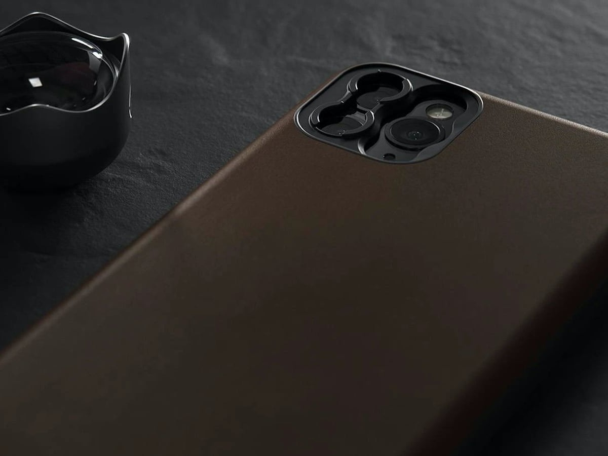 Nomad Rugged Smartphone Case for Moment lets you attach your lenses with ease