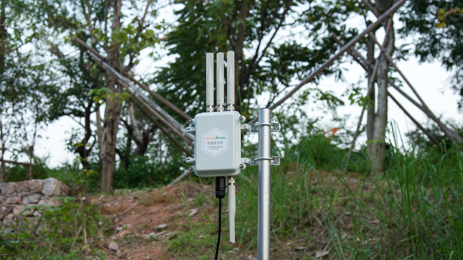 OutdoorRouter Outdoor 4G MIMO Router