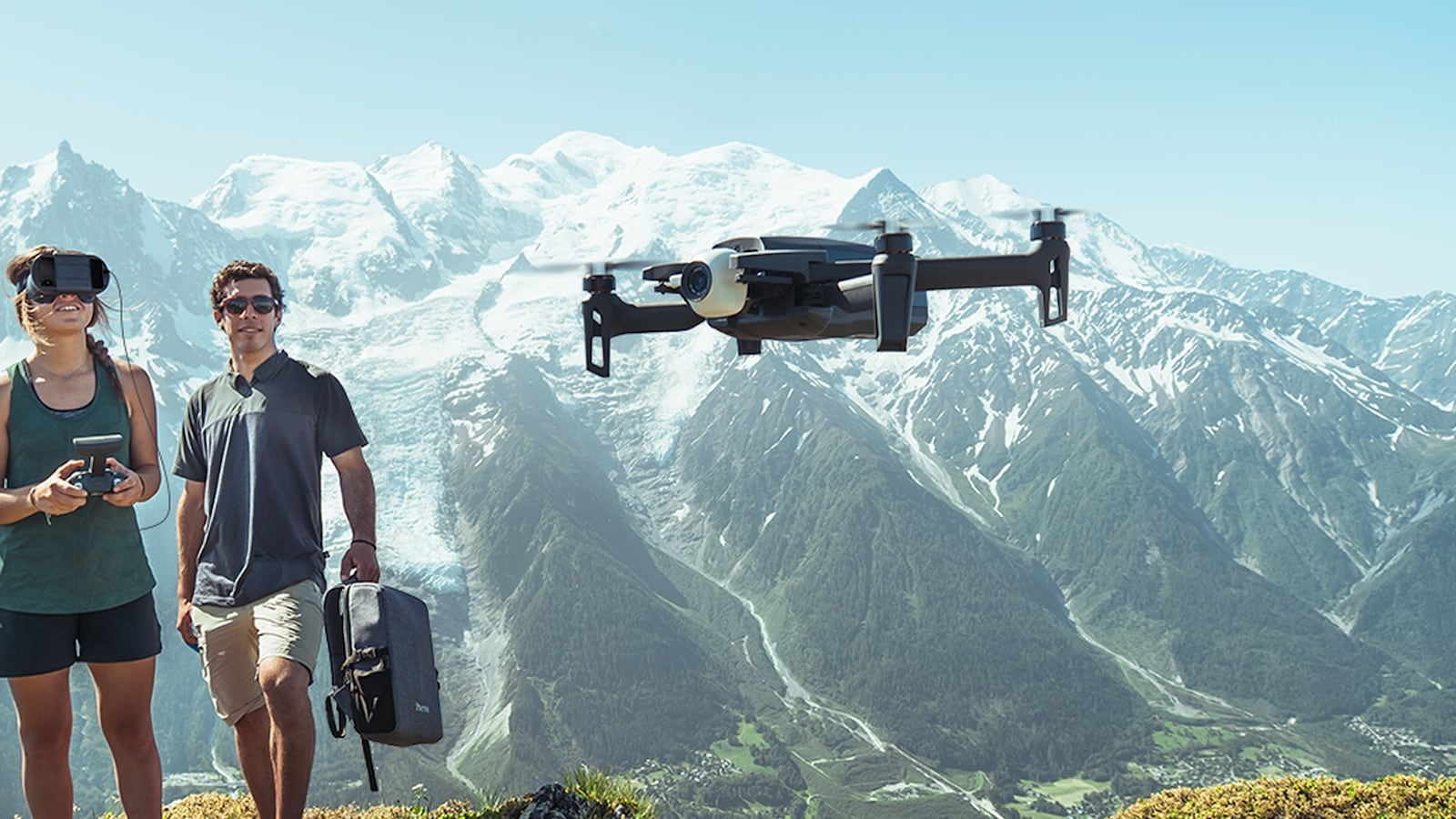 Parrot ANAFI FPV Smartphone-Powered Drone makes you feel like you're flying