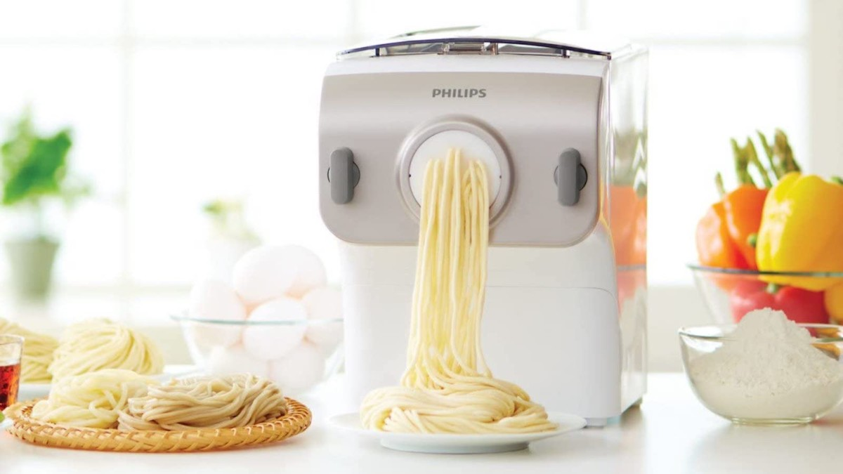 Philips Pasta Maker Plus Noodle Machine makes fresh pasta in just 10 minutes