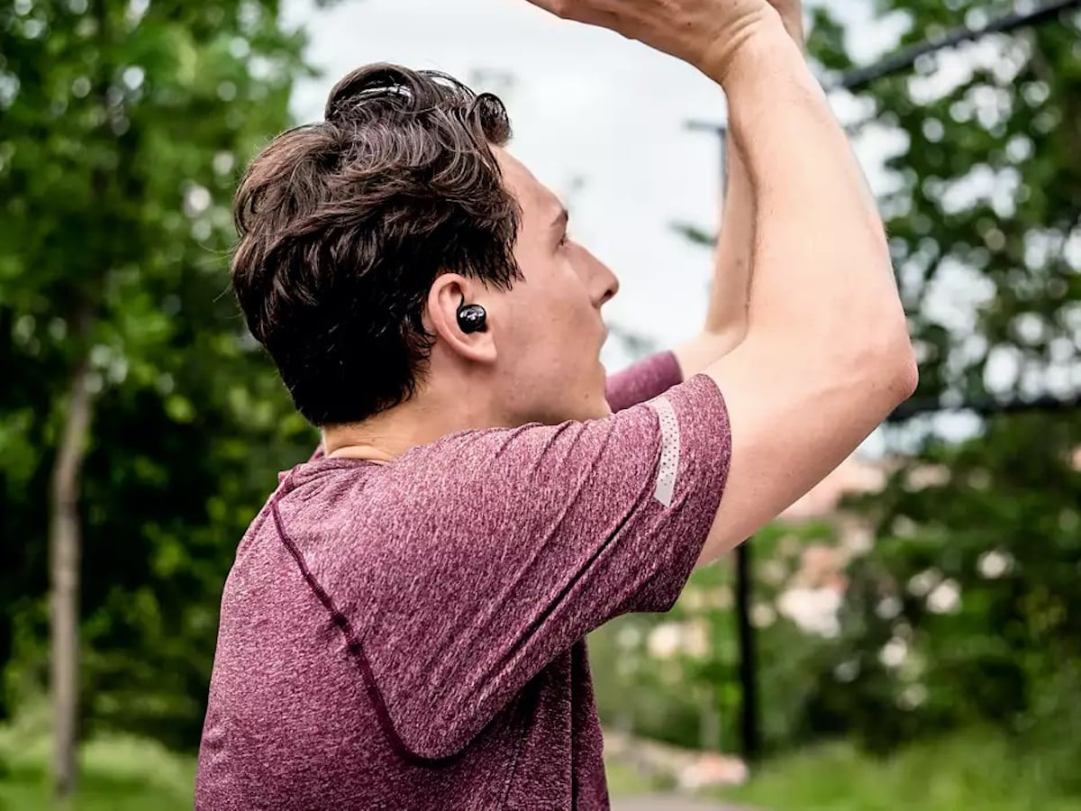 Philips Upbeat True Wireless In-Ear Headphones play music for a full 100 hours