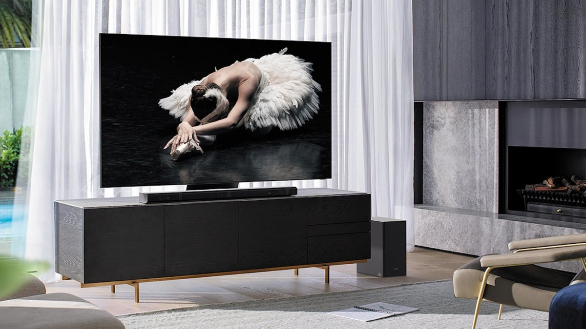 Samsung Q800T 8K Television delivers incredibly sharp and deep images