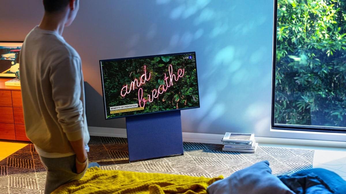Samsung Sero 4K TV Setup
