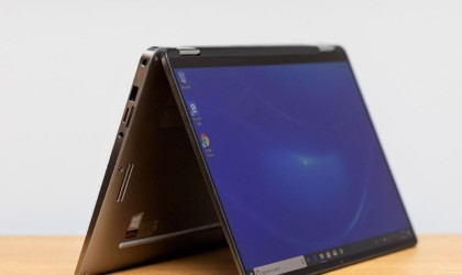 Dell Latitude 7400 2-in-1 Compact Business Laptop