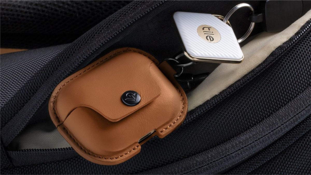 Twelve South AirSnap Pro Protective AirPods Case clips on for easy carrying